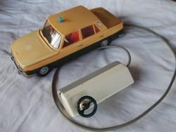 Retro, DDR, PIKO, dobozos Wartburg, távírányítós autó, játék Milicija, rendőr