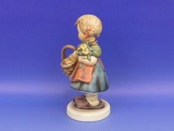 0D035 Hummel almaszedő kislány TMK 8