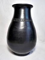 Fekete duci Karcagi  kerámia váza