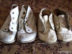 2 pár régi antik bőrtalpú baba vagy gyerek cipő egyben ... 1ef0744a7d
