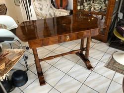 Biedermeier Íróasztal vagy szalonasztal