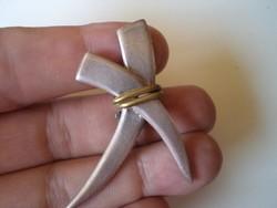 Nagyméretű ezüst fülbevaló, klipsz