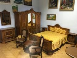 Neobarokk intarziás faragott hálószoba garnitúra