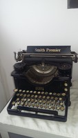 Smith Premier írógép 1930-as évek.