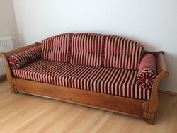 Kihúzható kanapé, kerevet cseresznyefából