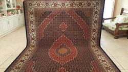 Gyönyörű perzsa szőnyeg 200x300