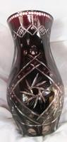Bordó kristály üveg váza, metszett dekorativ 26cm magas