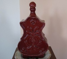 Címer formájú pálinkás butélia