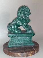 FOO kutya - oroszlán  malachitzöld szobor kő talpazaton
