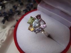 Életvidám ezüst gyűrű - akvamarin, citrinekkel, peridot, tanzanit és ametiszt kövekkel