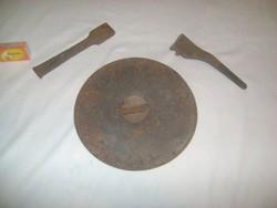 Régi sparhelt, kályha karika és hozzávaló eszközök