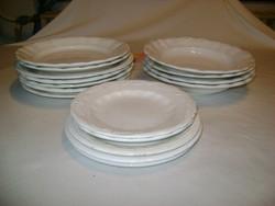 Régi gránit tányérok - hét lapos, négy mély, öt süteményes