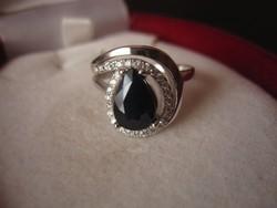 Valódi, sötétkék zafír ezüst gyűrű - egyedi darab