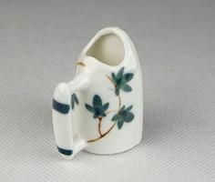 0S511 Régi kisméretű porcelán szenesvasaló