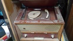 Zenta T422G gramafonnal, lemezjátszóval kombinált rádió készülék