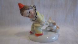 Régi Német porcelán figura , bohóc nadrágját tépő kutya figura