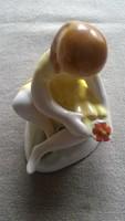 Bodrogkeresztúri lány virággal
