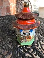 Régi gyűjtői Satsuma pagoda lámpa nagyon szép.
