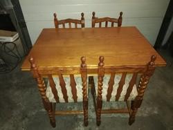 Felújított Koloniál étkező asztal 4 db székkel eladó