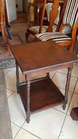 Antik kisasztal eladó