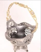 Barokk füles kosárka Jelzett  ezüstözött ón és réz fogantyúval