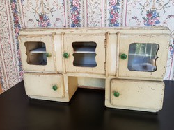 Antik bűbájos 5 ajtós szekrényke