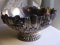 Rózsás fém gyümölcskínáló tál asztalközép