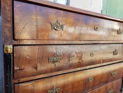 Bútor AKCIÓ kell a hely!!!  50% Eladó 1800-as évek első felében készükt komód