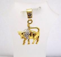 Arany bika horoszkóp medál (ZAL-Au70334)