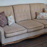 Régi stílusú kanapé