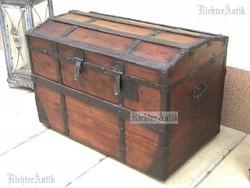 Antik bútor, régi utazó láda 04. felújított.