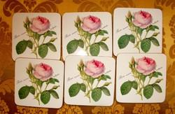 """Szépséges poháralátét """"Rosa muscosa multiplex"""" felírattal."""