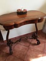 Antik neobarokk asztal