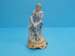 Barokk porcelán figura kézzel festett