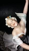 Unterweissbach Arany ruhás táncosnő porcelán