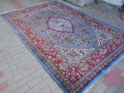 Nagy perzsa szőnyeg.Gyapjú,kézi.Hibátlan.Madarak,indák,amfórák,