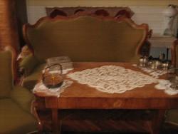 Biedermeier garnitúra(asztal, kanapé és fotel)