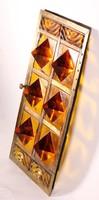 Kandalló üvegajtó borostyán színű tömör üveg piramisok