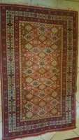 Antik kézi csomózású szőnyeg