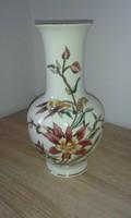 Zsolnay virágmintás váza