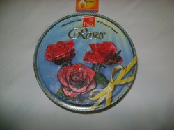 Retro lemez doboz domború rózsákkal