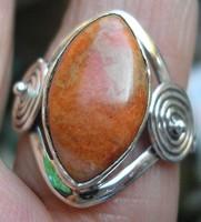 925 ezüst gyűrű, 18,1/56,9 mm, olasz korallal