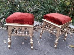 2 db. antik zsámoly, ülőke, kis szék.