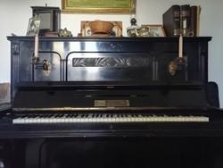 Eladó antik pianínó!