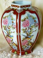 Gazdagon díszített Japán 6 szögletű váza
