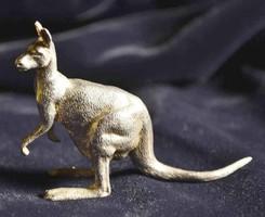 Ezüst kenguru   magyar ezüst  jellel 900 ‰ tömör