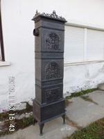 218 cm magas,antik öntöttvas kályha