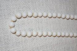 Régi fehér üveg gyöngy nyaklánc