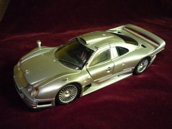 Mercedes-Benz CLK-GTR Maisto 1:26