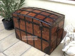 Antik bútor, Ritka Extra Felújított régi utazó láda 16.